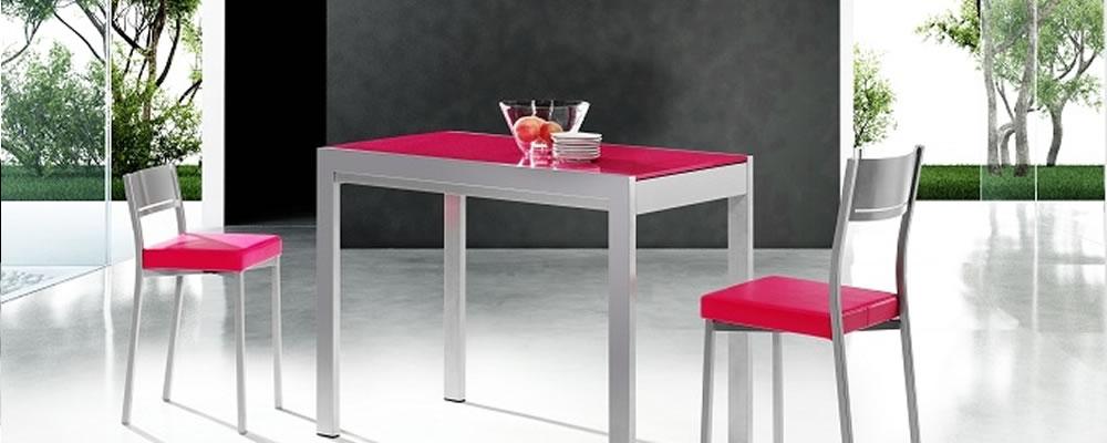 Mesas y sillas a cortes muebles de cocina for Muebles de cocina mesas y sillas